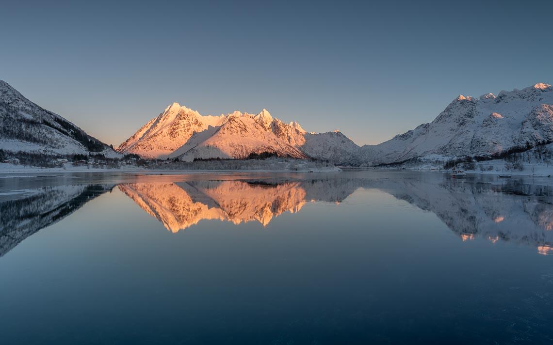 Lofoten Norvegia Nikon School Viaggio Fotografico Workshop Aurora Boreale Paesaggio Viaggi Fotografici 00054