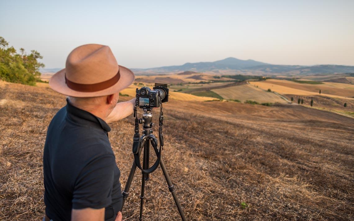 Val Orcia Toscana Nikon School Workshop Paesaggio Notturna Via Lattea Startrail 00059